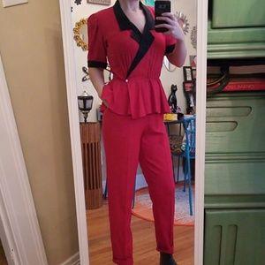 VTG Gorgeous Red & Blk Peplum Jumpsuit 😍